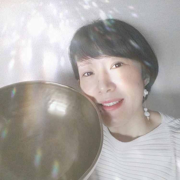 愛と調和の協奏者 fumie  amana